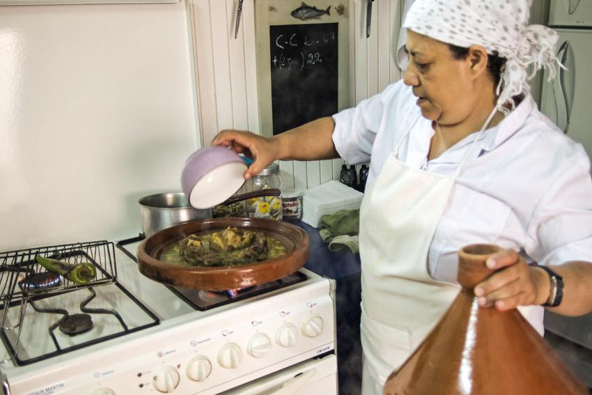 Traveling in Marocco in Africa / Essaouira: Preparing the Tajine
