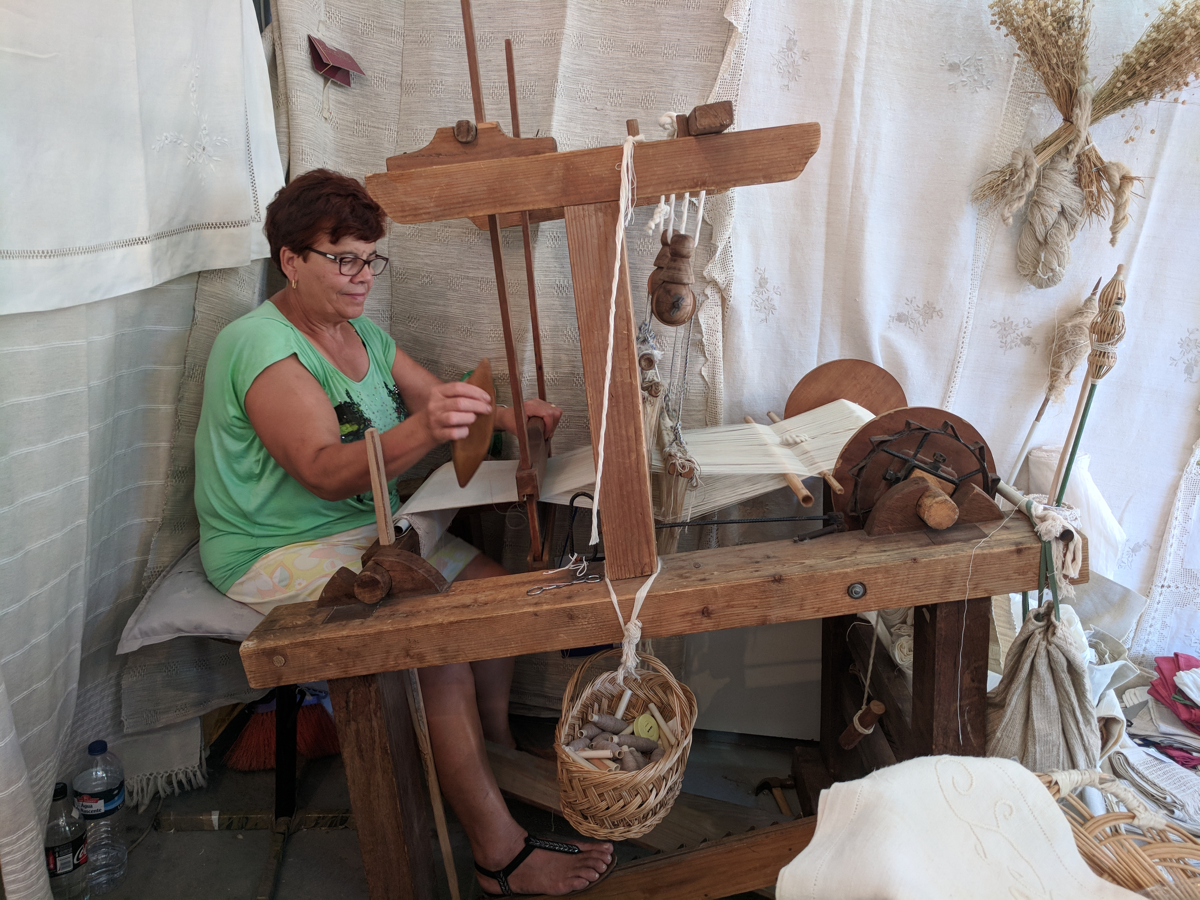 Portugal - Algarve / Fatacil (fair) in Lagoa: weaver